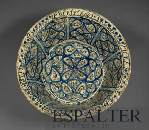Plato de cerámica, compramos objetos de cerámica antiguos